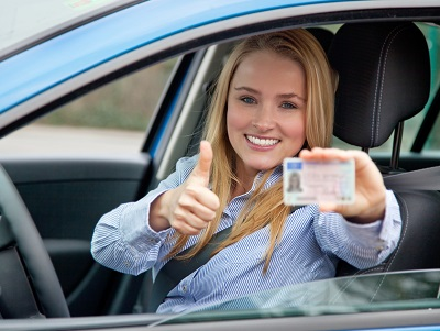 image of teen girl getting ready to drive